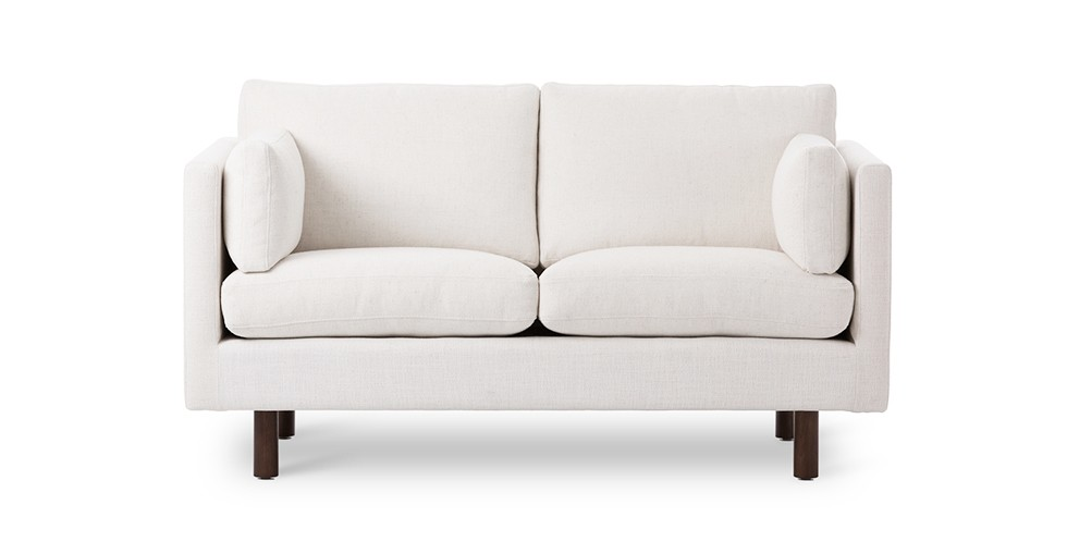Nova White Loveseat